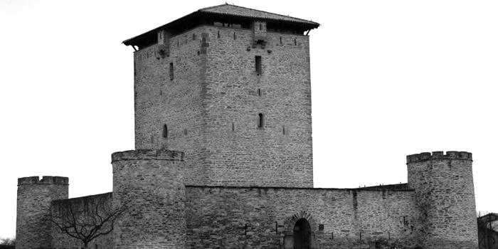 Torres Alava