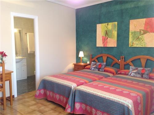 Habitación doble casa rural Aitonaren Etxea en Alava