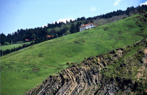 exterior 2 casa rural Gure Ametsa en Gipuzkoa