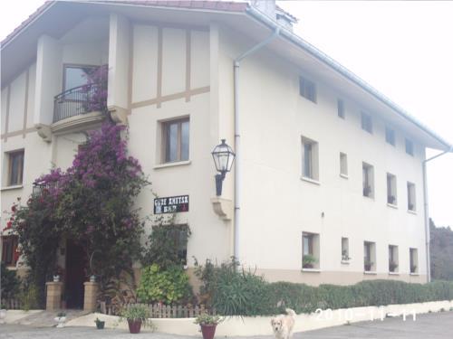 fachada 2 casa rural Gure Ametsa en Gipuzkoa