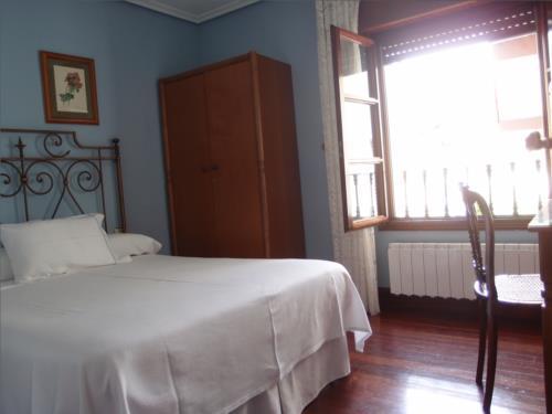 habitación doble agroturismo Caserío Garaizar en Bizkaia