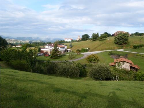 paisaje 2 agroturismo Caserío Garaizar en Bizkaia