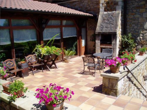 terrace country house erdikoetxe in Bizkaia