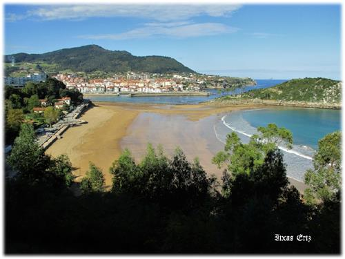 Karraspio playa de Mendexa