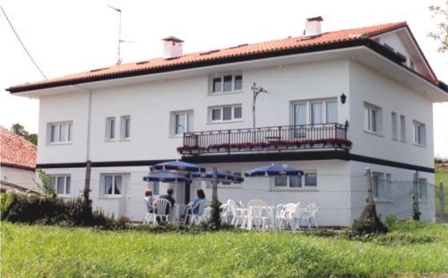 fachada 1 casa rural itxas ertz en Vizcaya