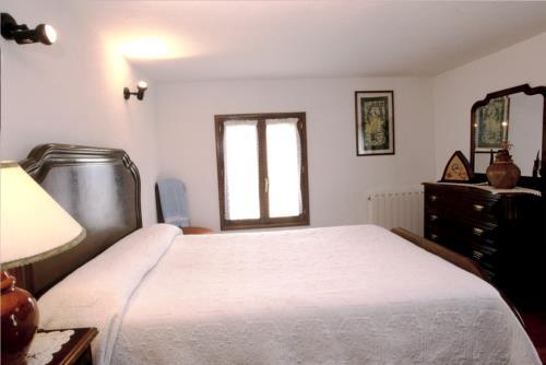 habitación doble casa rural makaztui en Vizcaya