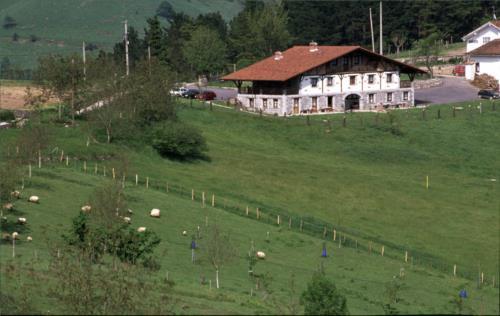 exterior 2 agroturismo Lamaino Etxeberri en Gipuzkoa