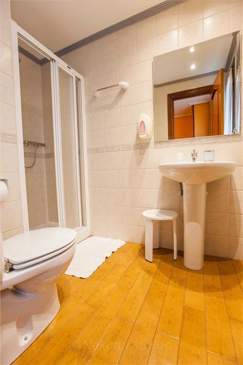 bathroom country house barazar in Gipuzkoa