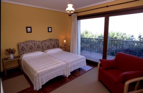 habitación doble 2 casa rural Itsas Lore en Gipuzkoa