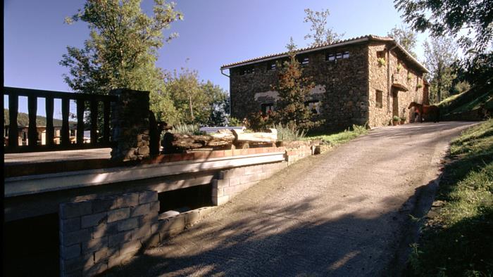 fachada casa rural Koostei en Gipuzkoa