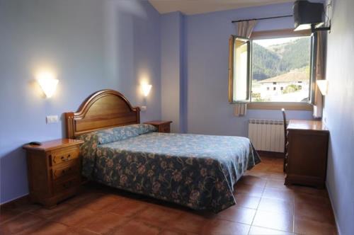 habitación doble 4 agroturismo orubixe en Vizcaya