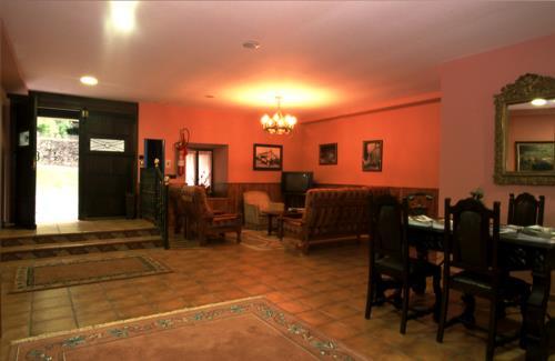 sala 1 casa rural Lierni Garakoa en Gipuzkoa