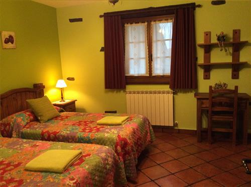 habitacion1 azkue casa rural