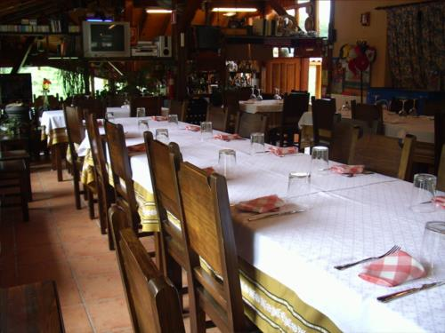 dining room farm house ordaola in Bizkaia