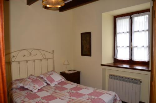 habitación doble, casa rural angoitia 1 en Vizcaya