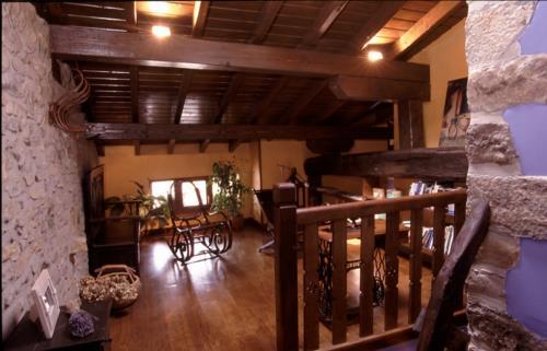 escaleras casa rural izpiliku en Alava