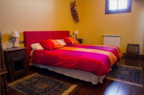 habitación doble casa rural aterbe en gipuzkoa