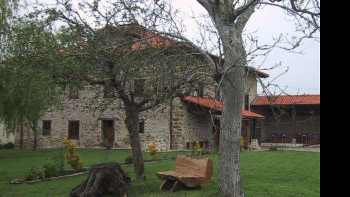 fachada casa rural bentazar en Alava
