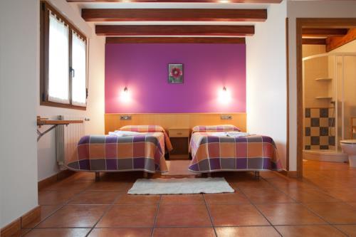 habitación doble 1 agroturismo Enbutegi en Gipuzkoa