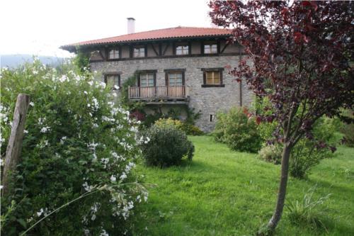 fachada 1 casa rural ametzola en Vizcaya