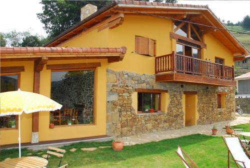 fachada casa rural gailurretan en Vizcaya