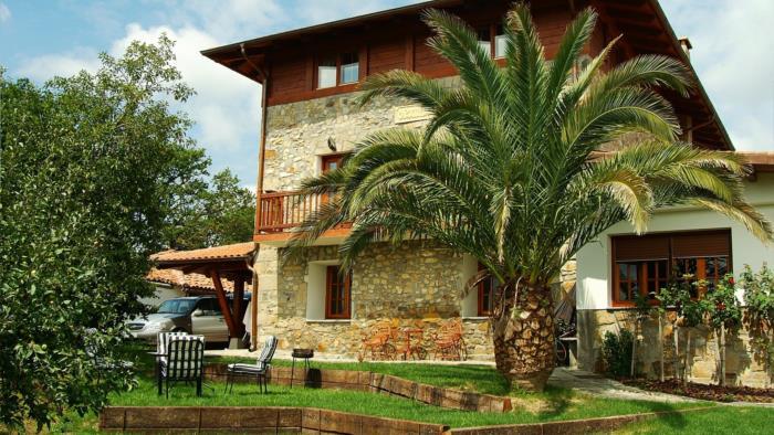 jardin casa rural Oraindi en Bizkaia