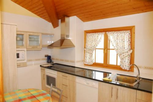 cocina casa rural Oraindi en Bizkaia