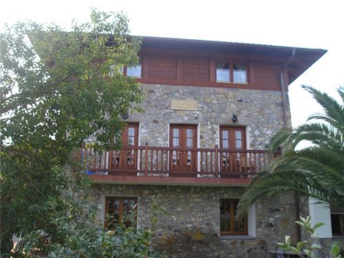 fachada 3 casa rural Oraindi en Bizkaia