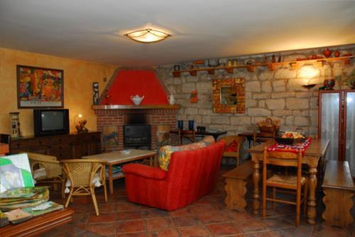 salón casa rural arbaieta etxea en Alava