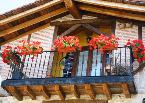 fachada 2 casa rural Zadorra Etxea en Alava