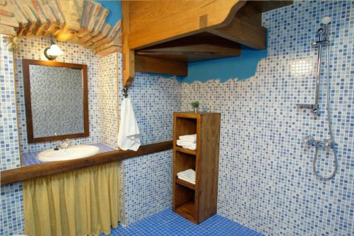 baño casa rural sorginetxe en Alava