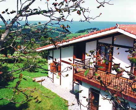 fachada 1 casa rural Zelaieta Berri en Gipuzkoa
