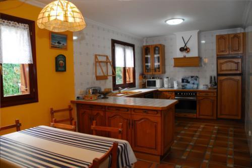 cocina casa rural zelaieta berri en gipuzkoa