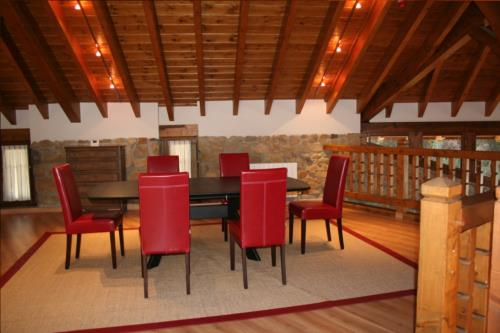 comedor casa rural oka en Vizcaya