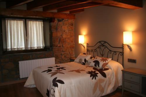 habitación doble 1 casa rural oka en Vizcaya
