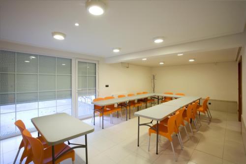sala de reuniones agroturismo Madarian en Bizkaia