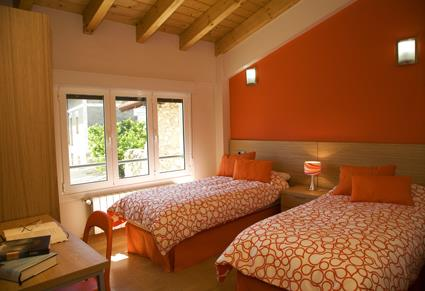 habitación doble casa rural orlegy en Alava