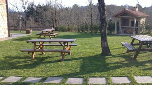 jardín casa rural Eguzkilore en Bizkaia