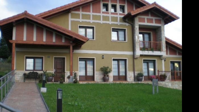 fachada 1 casa rural Telleri en Bizkaia