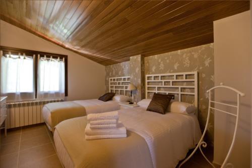 habitación doble casa rural segotegi etxea en gipuzkoa