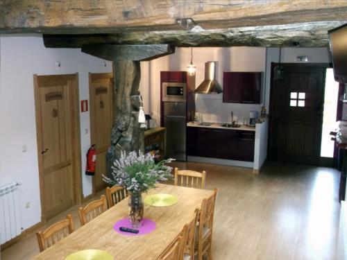 dining room country house troya in Gipuzkoa