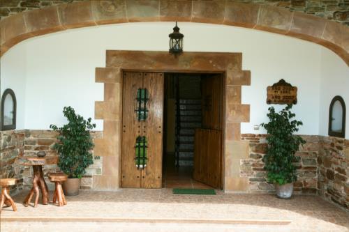 entrada agroturismo lezamako etxe en Vizcaya