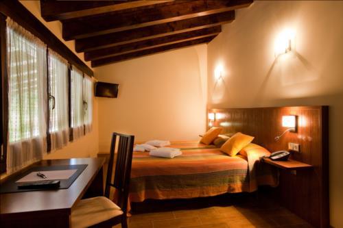 habitación doble casa rural otxoenea en gipuzkoa