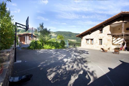Exterior casa rural Gorosarri en Gipuzkoa