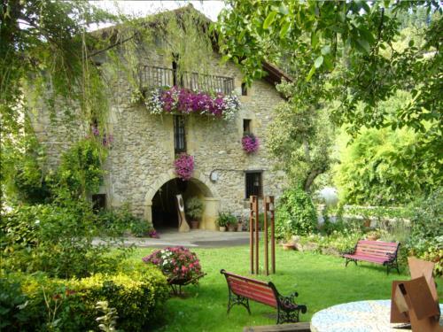 fachada 1 casa rural garro en Vizcaya