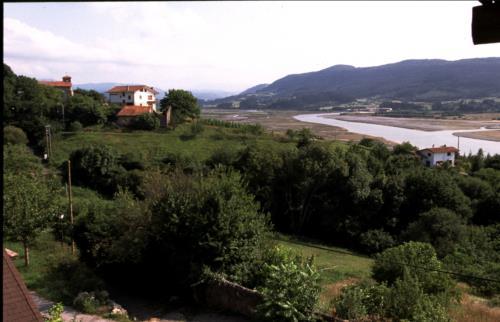 paisaje 1 casa rural Ugalde Barri en Bizkaia