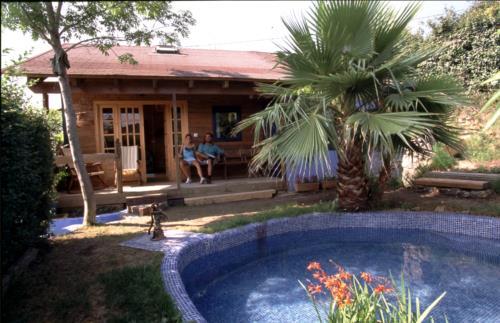 piscina casa rural Ugalde Barri en Bizkaia