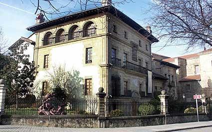 http://www.nekatur.net/datos/lugar_interes/124/fotos_galeria/palacio_etxezarreta_durango_gr_500.jpg