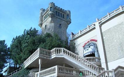 torre igueldo y casa del terror donostia san sebastian gipuzkoa