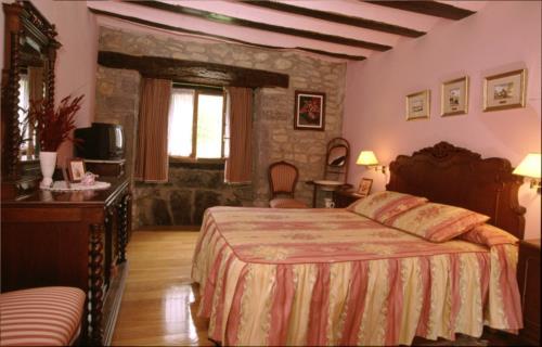 double room farm house caserío maribel in Alava